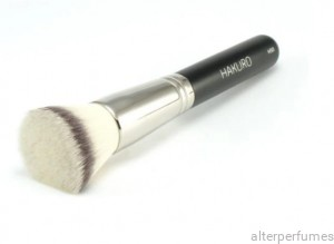 Hakuro H50 - Foundation Brush - Synthetic