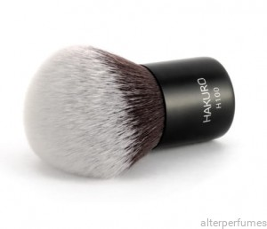 Hakuro H100 - Powder Brush - Synthetic