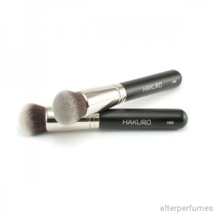 Hakuro H52 - Foundation Round Top Brush -  Synthetic